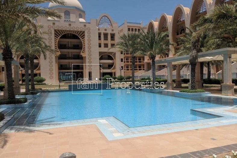 2 Bedroom Apartment for Rent in Sarai Apartments Dubai ...